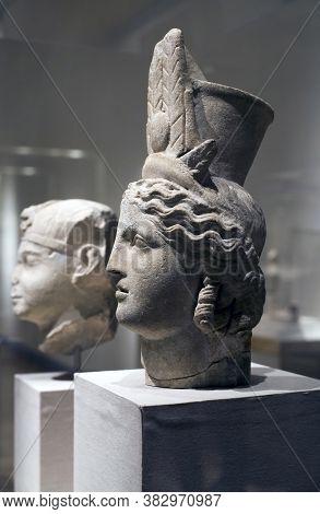Brooklyn, New York/usa - October 6, 2018: Head Of Isis-fortuna Probsbly From Alexandria Egypt.