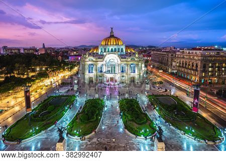 Palacio De Bellas Artes, Palace Of Fine Arts, Mexico City