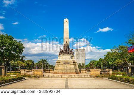 April 5, 2019: Rizal Park (luneta) And Rizal Monument  In Manila, Philippines