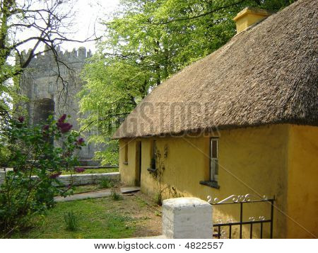 Bunratty Castle & Cottage