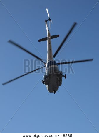 Helicopter Mi8