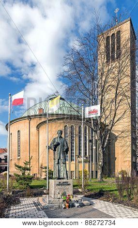Monument to Father Jerzy Popieluszko