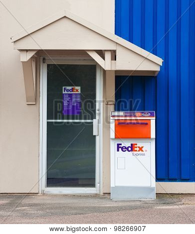 Fedex Drop Box