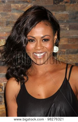 LOS ANGELES - AUG 8:  Vinessa Antoine at the General Hospital Fan Club Luncheon Arrivals at the Embassy Suites Hotel on August 8, 2015 in Glendale, CA