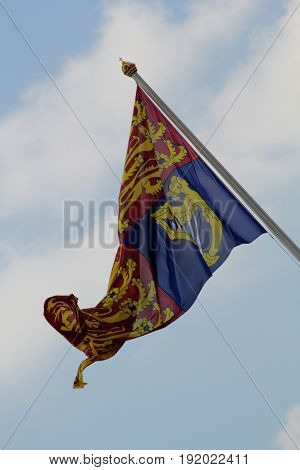 London England 17th June 2017 The Royal Standard flying above Buckingham Palace