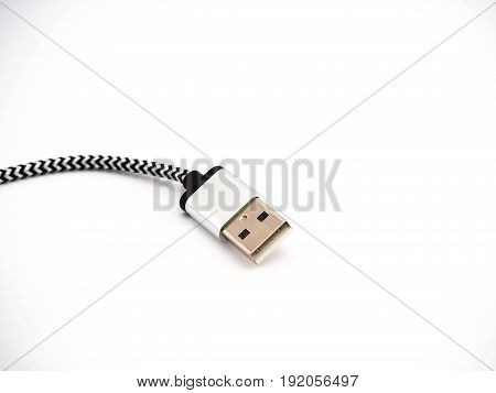 Black and White usb cable transfers data.