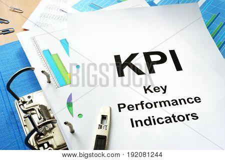 Folder and documents with title KPI - Key Performance Indicator.