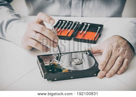Hard drive repair. Restore data. Hdd service.