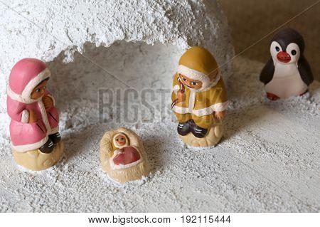 Igloo And Icelandic Crib Figurines Of The Holy Family Set