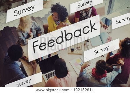 Diverse people in a feedback meeting