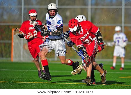 Lacrosse catching the ball