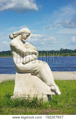Statue of mother and child on the Volga Russia