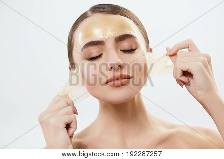 Model With Mask