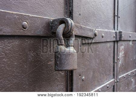 Red castle weighs in at a rusty metal door