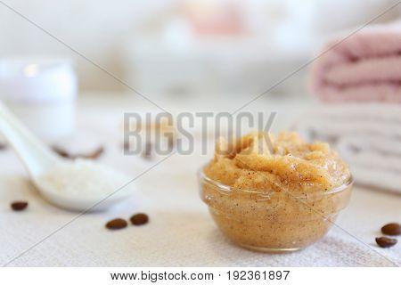 Glass bowl with coffee body scrub