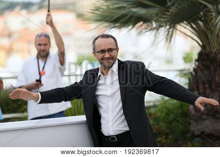 Andrey Zvyagintsev attends the 'Loveless (Nelyubov)' photocall during the 70th Festival at Palais des Festivals on May 18, 2017 in Cannes, France.