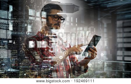 Technologies for connection and communication
