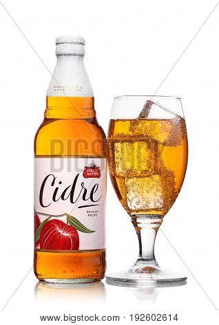 London, United Kingdom - June 22, 2017: Bottle And Glass With Ice Cubes  Of Stella Artois Cidre Appl