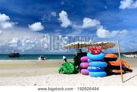 Beach Life Ring And Bubble Doll For Play