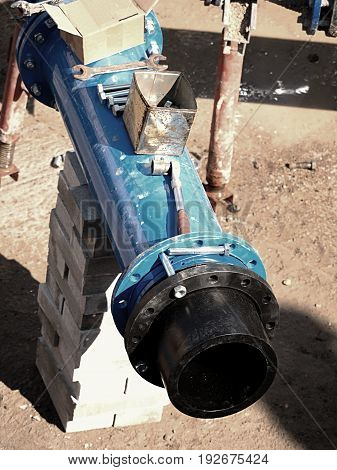 Connection Hdpe Pipe And Main Steel Pipeline, Gate Valve.welded Plastic Pipe, Screw Connection.