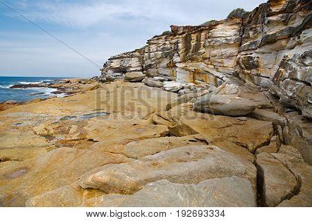 Coastal rock formations in Australia, coast of the Pacific Ocean, Cronulla
