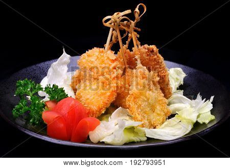 Japan Deep fry serve in Japanese plate.