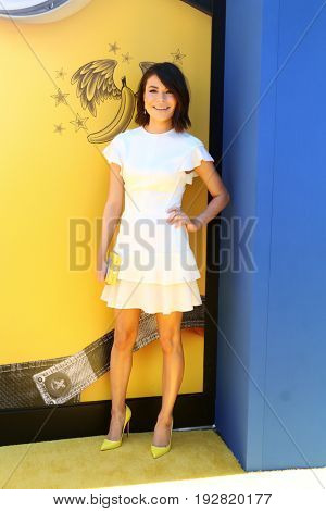LOS ANGELES - JUN 24:  Miranda Cosgrove at the