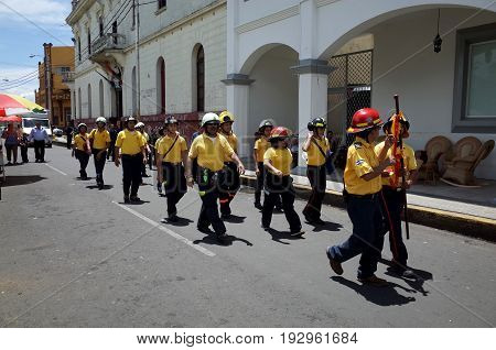 24Th September 2014, Leon, Nicaragua - Firemen March Through The Street To Celebrate The Festival De