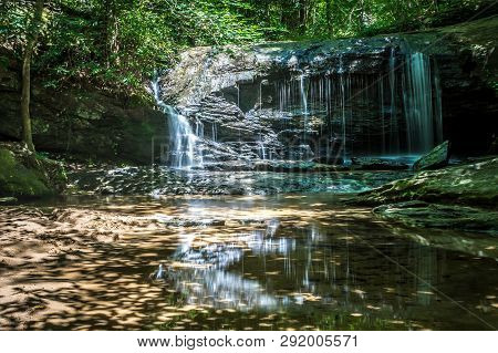 Beautiful Waterfalls In The Upstate Of South Carolina
