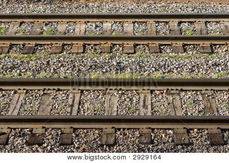 Horizontal_Tracks