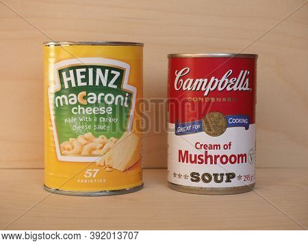 New York - Oct 2020: Heinz And Campbell's Cans