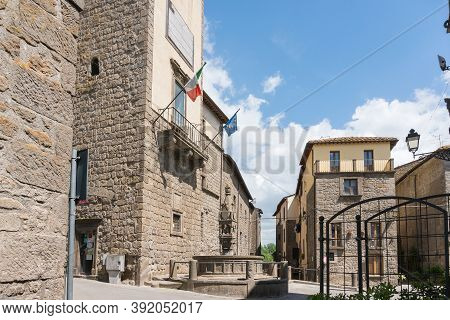 Vitorchiano,italy-april 30,2018:view Of Vitorchiano, One Of The More Beatiful Town In Italy In Provi