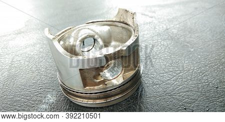 Motorcycle repair Motorcycle piston ring repair Repair of motorcycle engine ignition system Damaged