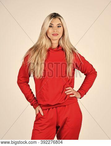Feel So Sporty. Gym Fashion. Trendy Sportswear. Sport Style. Fitness Woman Wear Sportswear. Girl In