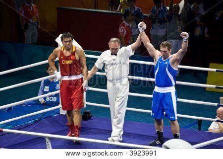 Italian Olympic Boxer Wins Gold