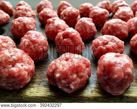 Meat Balls. Meatballs. Round Small Balls Of Ground Beef Prepared For Meatball Soup. You Can Also Coo