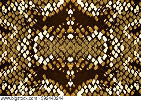 Seamless Snake Skin Pattern. Yellow, Brown And Gold. Trendy Jungle Background. Serpent Leather Anima