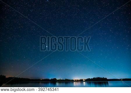 Village Novoye Lyadno, Lyepyel District, Vitebsk Province, Belarus. Night Stars Above Lepel Lake. Na