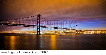 Ponte 25 De Abril - Bridge Of The 25th April Lisboa