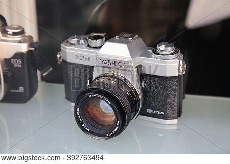 Mulheim A.d. Ruhr, Germany - September 21, 2020: Yashica Fx-1 Vintage Rangefinder Camera At Antique