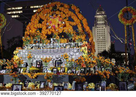 Los Angeles, California/usa - November 1, 2020: Dia De Los Muertos Altar In Grand Park As Part Of A