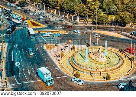 Cibeles Fountain (fuente De La Diosa Cibeles, Fontano Cibelo) An