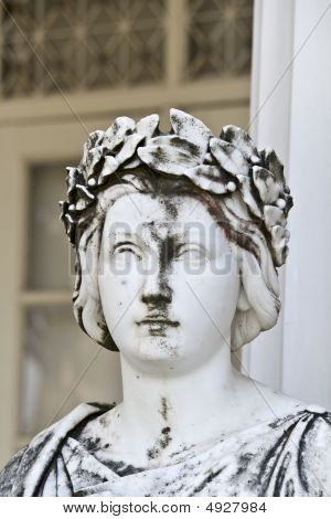 klassische griechische Statue von mythischen muse