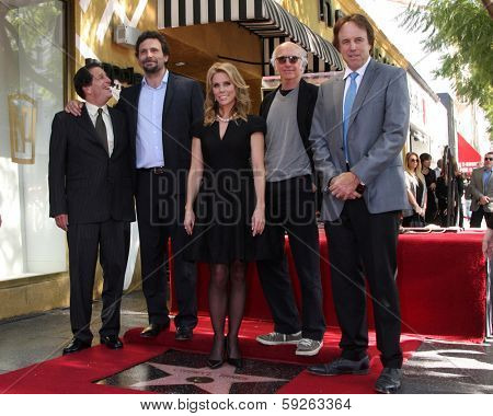 LOS ANGELES - JAN 29:  Peter Roth, Jeremy Sisto, Cheryl Hines, Larry David, Kevin Nealon at the Hollywood WOFCeremony for Cheryl Hines  on January 29, 2014 in Los Angeles, CA