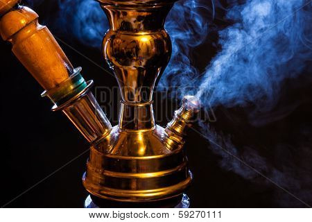 Water Pipe With Smoke