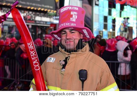 FDNY firefighter with hat & balloon