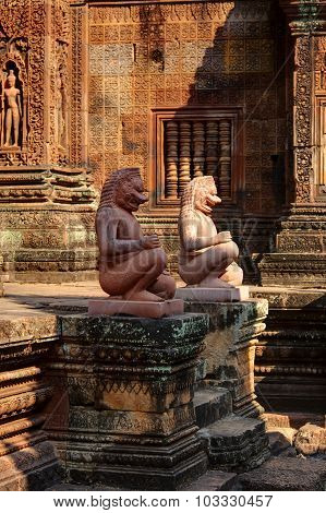 Guardians statues of Banteay Srei, Angkor Wat, Cambodia