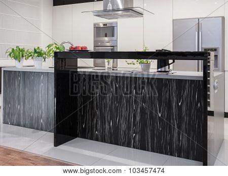 New Kitchen With Decorative Wotktop