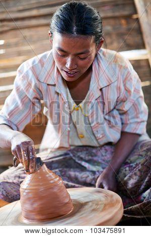 Potter Girl, Myanmar