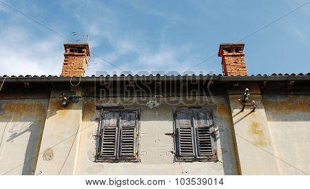 Building In Pula